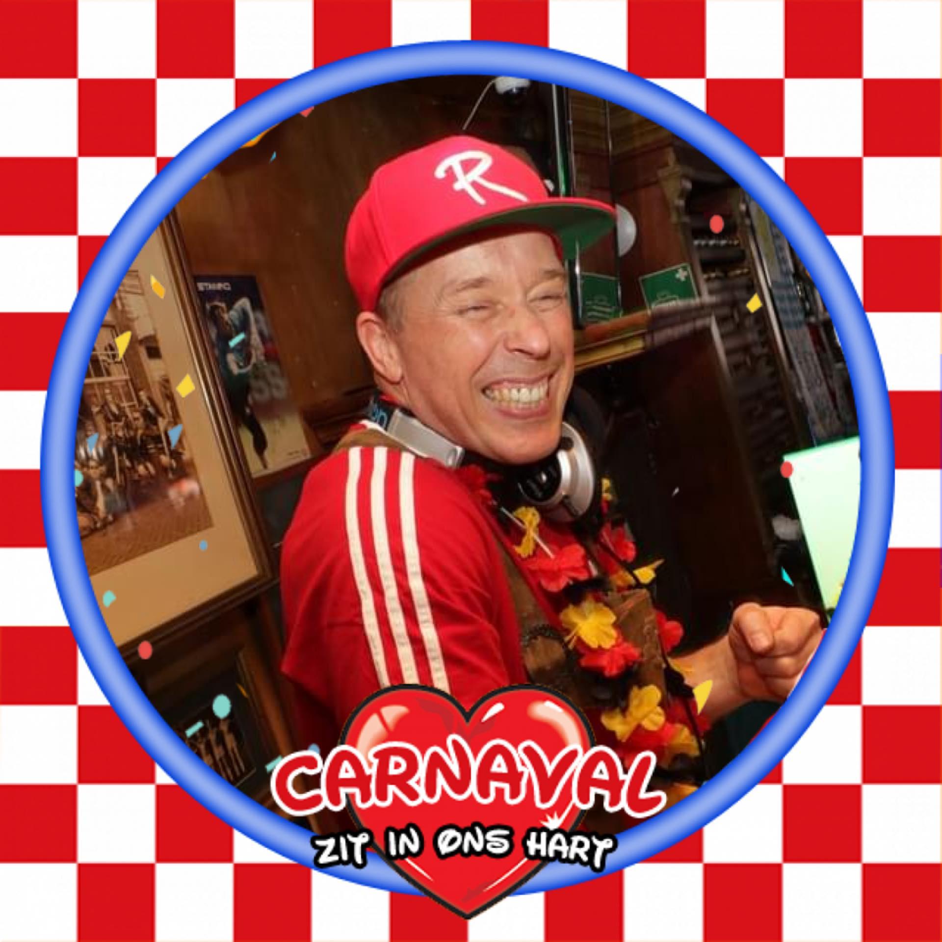 DJ Ronnie tijdens Carnaval - Wijchen=