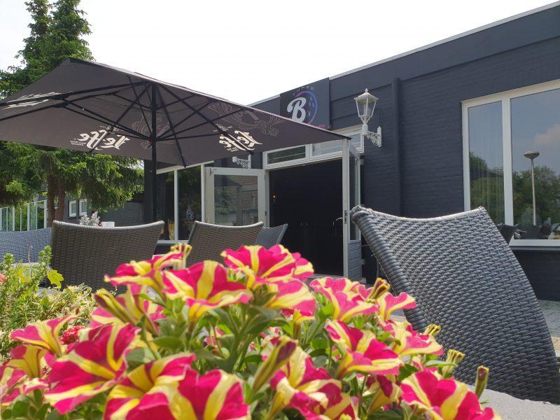 'Three B's' – Bowling, Bistro en Bar in Alverna