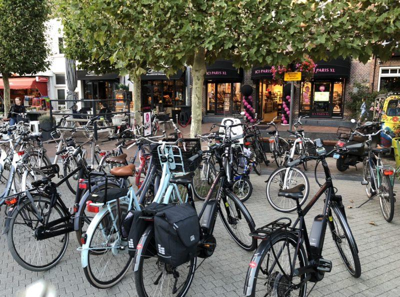 Let op! Verboden om fietsen te parkeren op de Markt en Kromme Elleboog